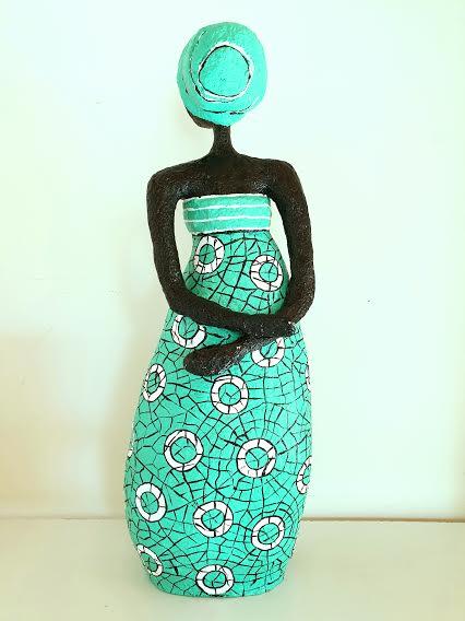 אשה בטורקיז (גב)
