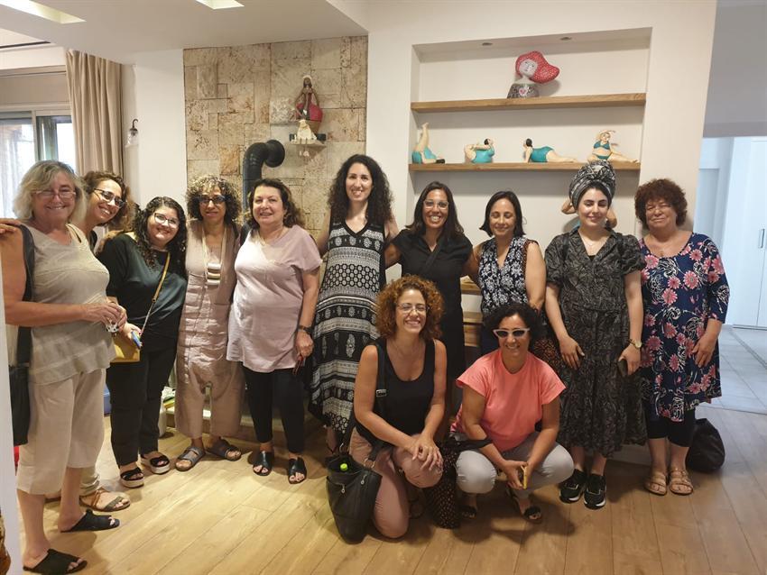 יום גיבוש מרכז הורים אשדוד- סדנת פיסול בנייר